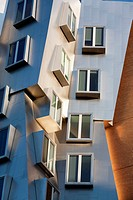 Stata Center (architect Frank O. Gehry), MIT, Cambridge, Massachusetts, USA