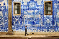 Exterior wall of Santa Catarina church decorated with typical azulejos, Porto. Portugal