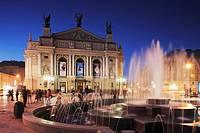 Ivan Franco Opera and Ballet Theatre  Old Town  Lviv  Ukraine  Europe