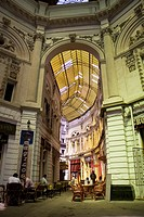 Passage Villacrosse Macca Bucarest,  galleries with cafes and romanian restaurants.
