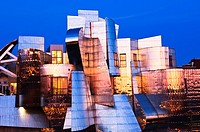 The Frederick R  Weisman Art Museum at the University of Minnesota at sunset  A stainless steel and brick building designed by architect Frank Gehry, ...