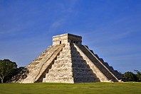 Chichen Itza The main pyramid El Castillo is also called Temple of Kukulcan  The Maya name ´Chich´en Itza´ means ´At the mouth of the well of the Itza...