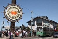 Cable Car, Fishermans Wharf, City of San Francisco, California, USA