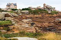 France, Bretagne province, Departement of Cote d´Armor 22, Ploumanach   Beautiful site with old houses, lighthouse and a path along the coast made of ...