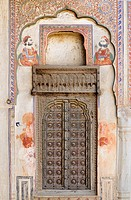 India, Rajasthan, Shekhawati, Mandawa, Harlalka Chhatri circa 1850