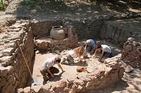 europe, italy, tuscany, vetulonia, etruscan ruins, location poggiarello renzetti, archaeological excavations, find domus hellenistic period, III centu...