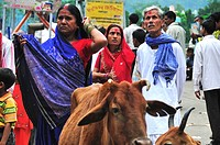 Pilgrim couple at Lakshman Jhula in Rishikesh