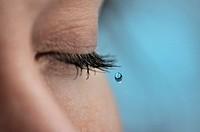 Falling tear