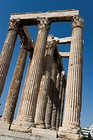 Detail of the temple´s Corinthian capitals, architraves and columns, Temple of Zeus, Athens, Greece