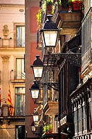 Typical small street  Nr Placa del Rei, Barri Gotic, Barcelona, Catalonia, Spain