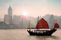 Hong Kong, Victoria Harbour, Junk tourist trip