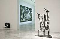 Estancias del Museo Reina Sofia, con obras de Picasso,en torno al Guernica, pintado en los meses de mayo y junio de 1937, cuyo título alude al bombard...