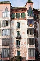 Casa Manuel Llopis Bofill, Bailen street nº 113 in Barcelona. Building in 1902 of Antonio Maria Gallissà Soqué, engravings of Josep Maria Jujol. Moder...