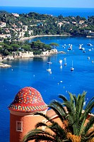 The coastal village of Villefranche sur mer and Cap Ferrat, French Riviera, Alpes-Maritimes, Provence-Alpes-Côte d´Azur, France, Europe