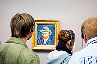 Self portrait 1887, Vincent Van Gogh 1853-1890, Van Gogh Museum, Amsterdam, Netherlands.
