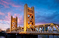 Tower Bridge, Sacramento, California, USA
