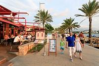 Spain, Balearic Islands, Ibiza, Sant Antoni de Portmany beach resort, beachfront cafes