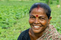 an indian woman in dhapa district  kolkata  west bengal  india