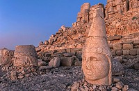 Mount Nemrut sanctuary, Heads of Antiochus, Zeus and Tyche, Ruins of the Commagene civilization, 1st century B C , Mount Nemrut, Eastern Turkey
