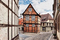 Half-timbered house Finkenherd 3, in the alley Finkenherd below the Schlossberg, Quedlinburg, Saxony-Anhalt, Germany, Europe