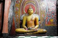 Buddha statue in the famous cave of Dambula, Sri Lanka