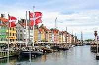 Nyhavn, bar district on the port canal, Copenhagen, Denmark, Europe.
