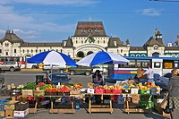 Main Train Station - Farmer´s Market. Vladivostok. Russia