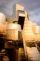 Sunset on the Frederick R. Weisman Art Museum at the University of Minnesota. A stainless steel and brick building designed by architect Frank Gehry, ...
