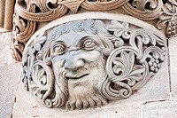 Carved stone face on bridge support, Sudbrucke (South Bridge) Railway crossing, Cologne, Rhine-Westphalia, Germany.