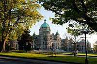Canada, BC, Victoria. The British Columbia parliament buildings. Built in 1915 in a neo-baroque style. Architect: Francis Rattenbury.