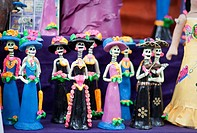 Sale of catrina craftsmanship. Guadalajara, Jalisco. Mexico