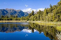 lake matheson,south island,new zealand.