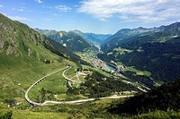 The Gotthard Pass road leads in many switchbacks over the pass.