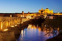 Roman bridge over Guadalquivir river and cathedral mosque, Cordoba, Andalusia, Spain.
