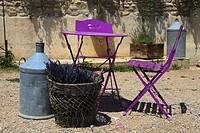 Lavander, bunches of dried flowers, France, Provence-Alpes-Cote d´Azur, Alpes-de-Haute-Provence, Valensole.
