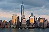 Manhattan skyline at Hudson River with World Trade Center and World Financial Center, Lower Manhattan, New York, USA.