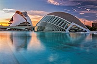 Sunset panoramic view of the El Palau de les Arts Reina Sofia (Opera House) and the l´Hemisferic Planetarium and Imax Cinema, located in the City of A...