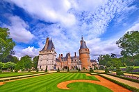 france,28 : maintenon castle & garden.