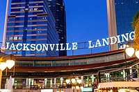 Jacksonville Landing , Jacksonville, Florida, USA at dusk. The Jacksonville Landing is a complex of stores, restaurants and nightclubs in downtown Jac...