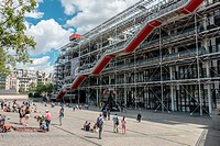Europe, France, Paris, Centre Georges Pompidou also known as the Pompidou Centre is a complex building in the Beaubourg area of the 4th arrondissement...