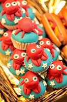 Cupcakes, La Boqueria market, Barcelona, Catalonia, Spain