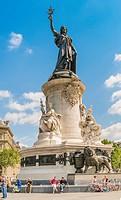 people relaxing at the monument at place de la republique, paris, ile de france, france.