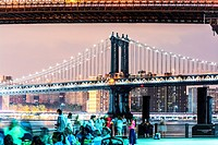 Skyline view of Manhattan Bridge from Brooklyn Bridge Park, Lower Manhattan, New York City, USA.