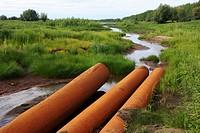 Khanty - Mansiysk Autonomous Okrug-Yugra. Contamination of water area.