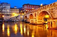 Ponte Sisto, Rome, Italy.