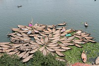 BANGLADESH, Dhaka : Bangladeshi boatmen are seen with their skiffs at the Sadarghat launch terminal during a nationwide strike called by the oppositio...
