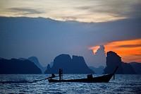 Six Senses Resort, Koh Yao Noi, Phang Nga Bay, Thailand, Asia. Boat for Sunrise Picnic breakfast on a deserted Island n Koh Hong archipelago. Six Sens...