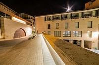 Los Amantes square by night, Teruel, Aragon, Spain.