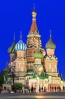 Saint Basil´s Cathedral at Dusk, Red Square, Moscow, Russia.