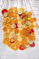 Presenting a blend of citrus slices of different types.